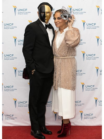 Emcees Darryl Bell and Jasmine Guy