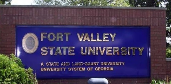 Fort Valley State University sign