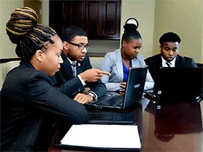 Oakwood University business students