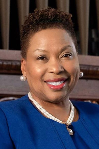 Dr. Carmen Walters