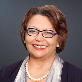 Dr. Beverly Wade Hogan