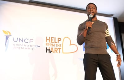 Kevin Hart announces the scholarships to the 18 recipients