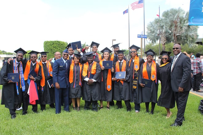 FMU aviation grads