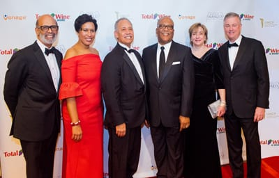 Dr. Lomax, Mayor Bowser, Awardees Ben Wilson and Bishop James L. Davis, June Trone and host David Trone