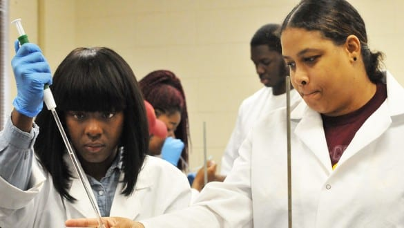 Students in laboratory at Bethune Cookman University working