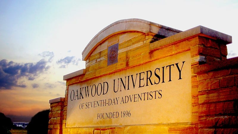 Oakwood University sign