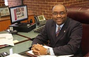 Headshot of Dennis Washington